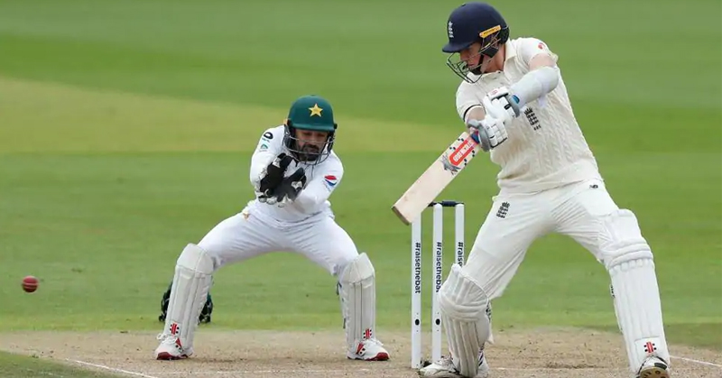Zack Crawley shines with maiden test hundred: England v/s Pakistan