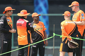 'David Warner was shocked and disappointed after losing the captaincy,' says SRH's Tom Moody