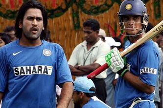 'It took about 10 days to convince Ganguly to let Dhoni keep wickets'